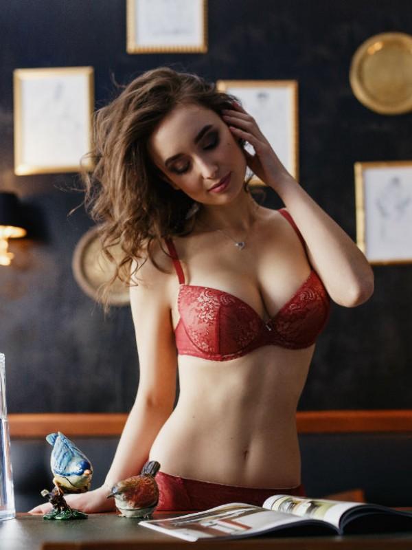 91b01cc7830e5 Красивый комплект женского белья:бюстгальтер с уплотненной чашкой и трусики  американа. 850 грн